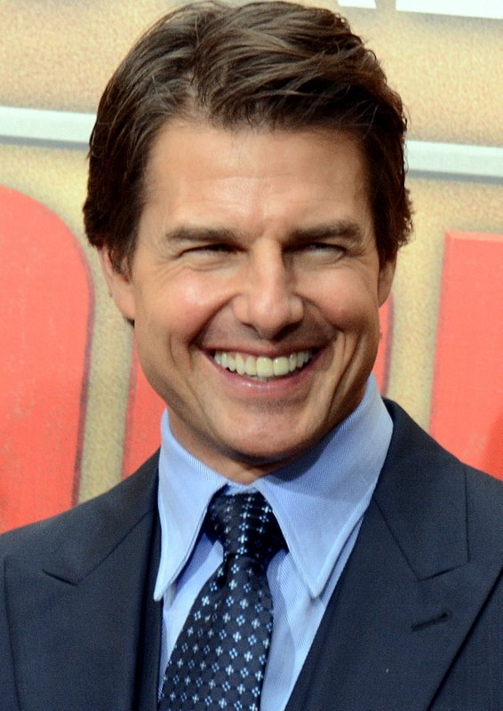 tom_cruise_avp_2014_3