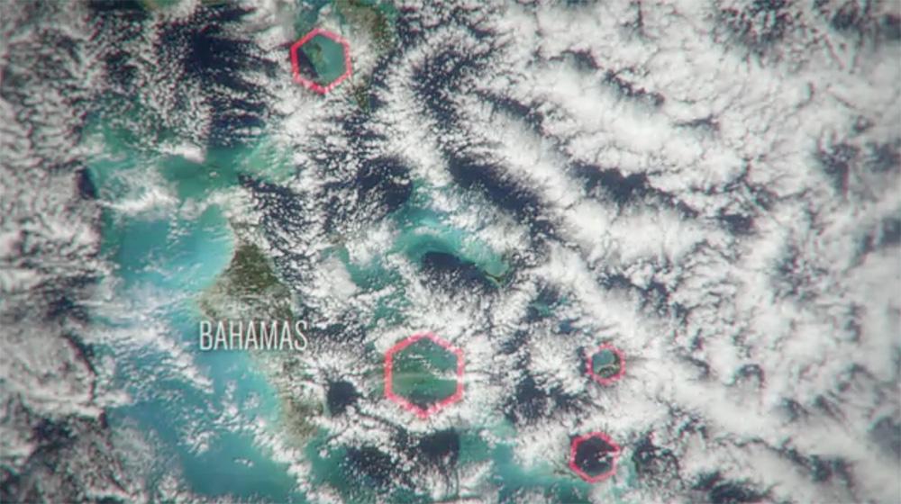 Vedci spozorovali pravidelné šesťuholníkové tvary medzi mrakmi nad Bermudským trojuholníkom. Image Credit: Science Channel
