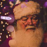 Kto nosí darčeky vo svete?