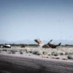 Nečakaný výsledok: Americký vrtuľník AH-1 Cobra sa zrútil pri pretekoch s autom