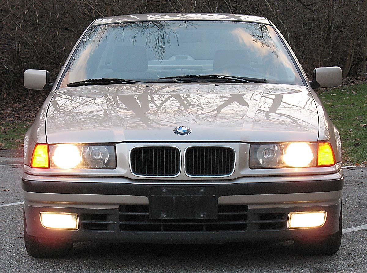 bmw_e36_325i_1993_front