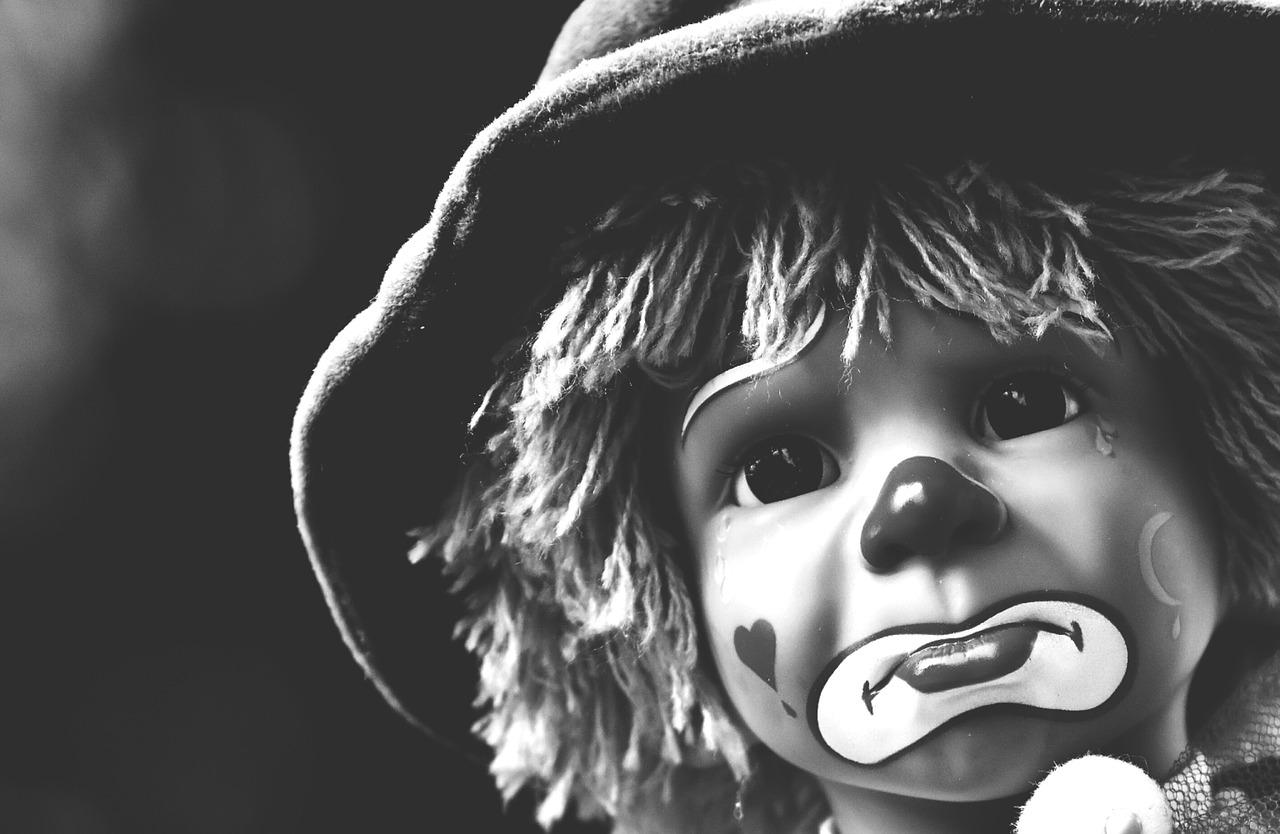 doll-1792845_1280