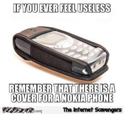 Ak si sa niekedy cítil nepotrebný, spomeň si na obal na Nokiu 3310. Zdroj: Facebook
