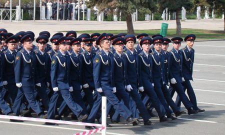parade-182512_1920