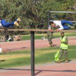 Čilskí vojaci majú neuveriteľnú kondíciu. Pozri si úžasné video z pretekov cez prekážkovú dráhu