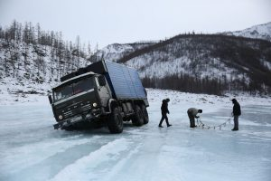 Ice Road Truckers v Rusku