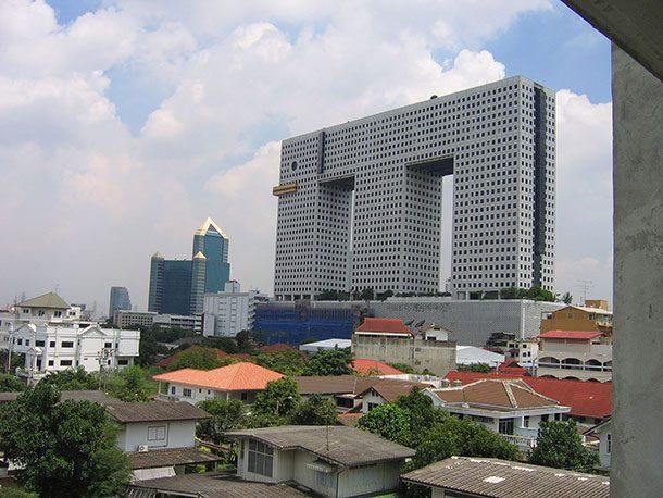 Elephantbuilding