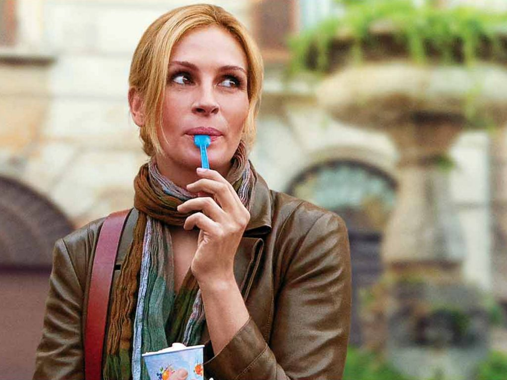 """Frozen Yogurt Julia Roberts Eating"" (CC BY-ND 2.0) by ePublicist"