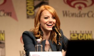 By Gage Skidmore from Peoria, AZ, United States of America - Emma StoneUploaded by maybeMaybeMaybe, CC BY-SA 2.0, Link
