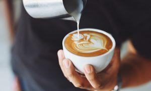 denná porcia kávy