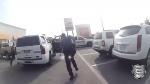 Oslobodila sa z pút a následne ukradla policajné auto