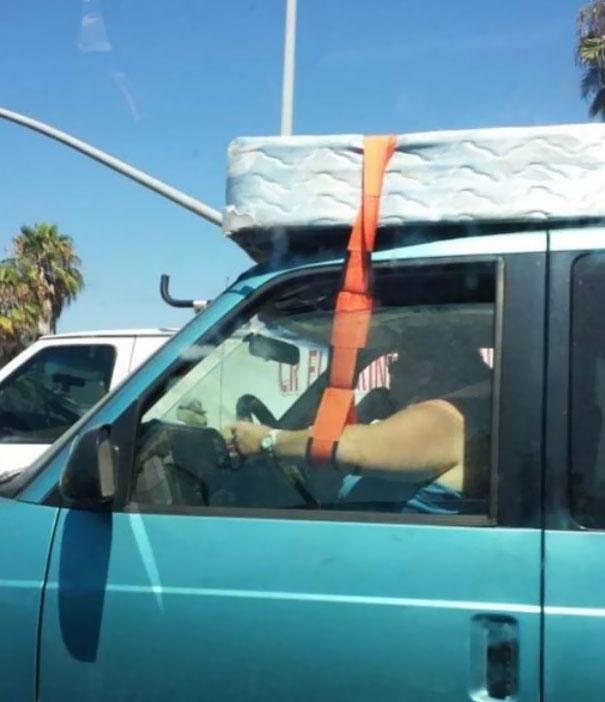 hlupi vodici za volantom 1