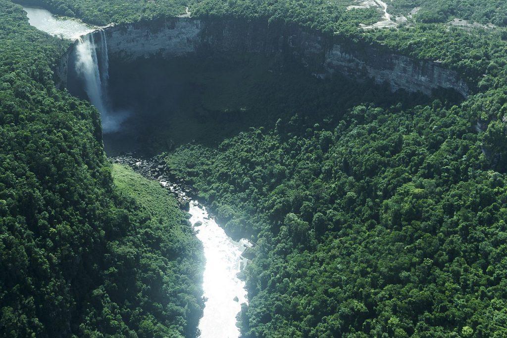 Kaieteur_Falls,