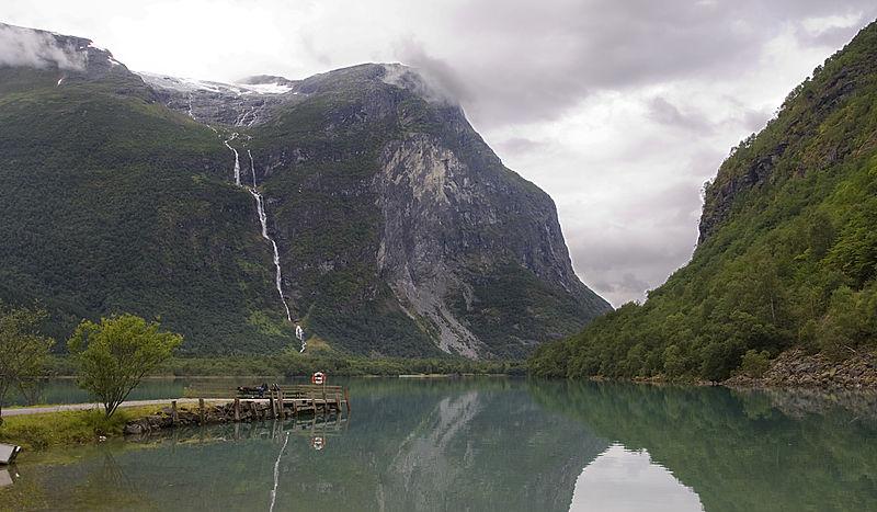 https://commons.wikimedia.org/wiki/File:Kjenndalen.jpg