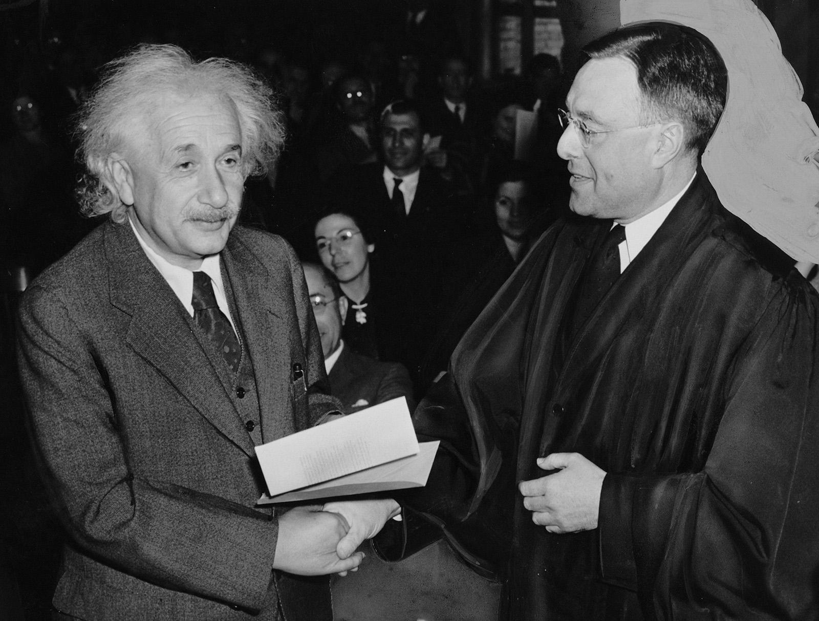 Ako znie List pre Boha od Einsteina, ktorý bol vydražený za takmer 3 milióny dolárov?