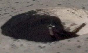 V blízkosti prísne tajnej základne Area 51 sa našiel záhadný kráter