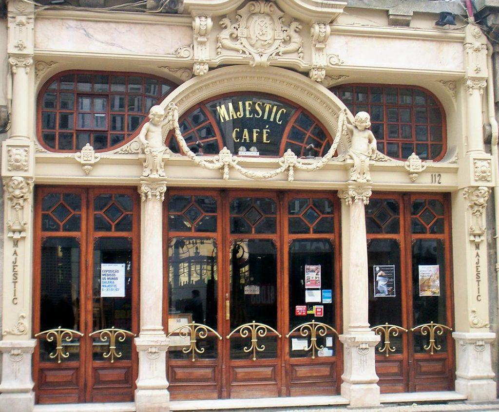 1089px-Porto_Cafe_Majestic
