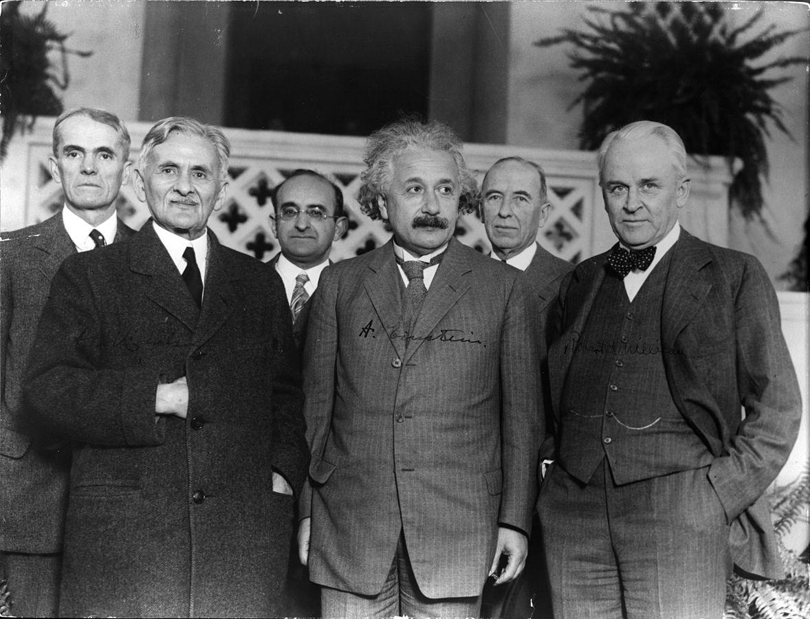 Robert Einstein: Mrazivý príbeh, ktorý je dôkazom toho, že priezvisko môže zabíjať