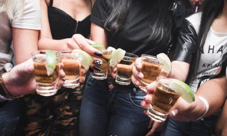Slovensko sa dostalo do nelichotivého TOP10 rebríčka. Sme alkoholici?