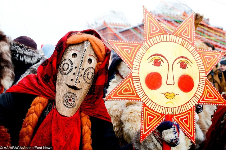 MOSCOW, RUSSIA - MARCH 03: Performers in scary masks entertain the public during the Maslenitsa festival [Pancake Week] that celebrates the end of winter and marks the arrival of spring, in Manezhnaya Square in Moscow, Russia on March 03, 2019. Sefa Karacan / Anadolu Agency/ABACAPRESS.COM