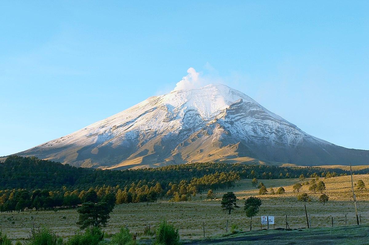 Popocatepetl: Jedna z najnebezpečnejších sopiek na svete sa prebudila po tisícke rokov