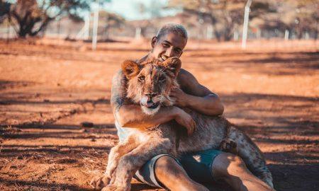 Dean Schneider: Švajčiar, ktorý má levy ako domácich maznáčikov