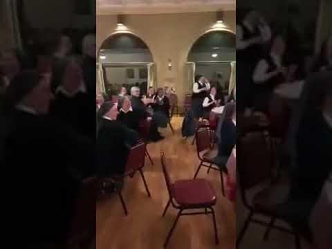 Provkatívne video: Čo robia mníšky, keď sa nikto nepozerá?