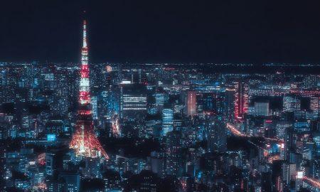 Surreálna krása: Nočné Tokio vyzerá ako vystrihnuté z japonského anime