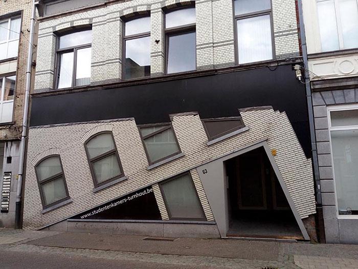 10 škaredých domov v Belgicku, až je neuveriteľné, že vôbec existujú