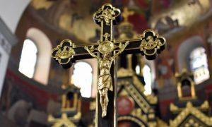 Pápeži boli vminulosti bezúhonní, cnostní, šľachetní, čestní... Alebo aj nie