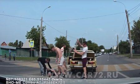 Ruský Kličko, vodič Lady 1600, uzemnil chodca jednou ranou