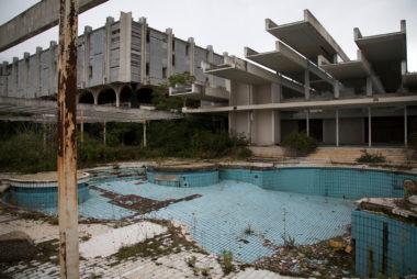 opustené hotely
