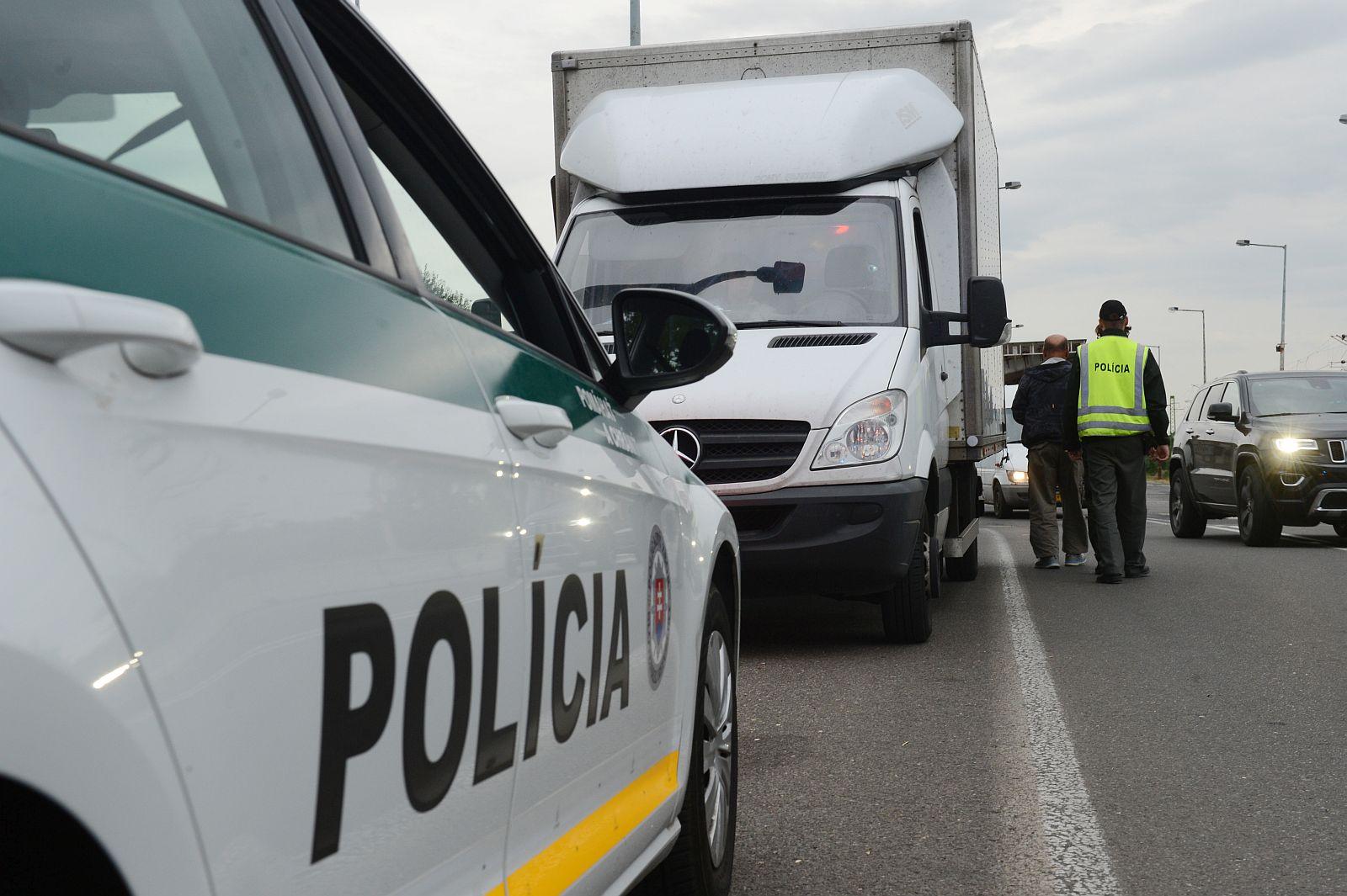 Ako prebieha cestná policajná kontrola?