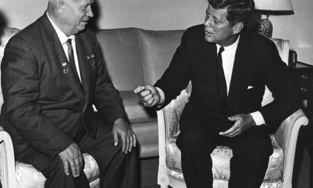 Chruščov: Nový plán Kremľa a Semičastnyj