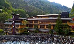 Jedna rodina prevádzkuje najstarší hotel na svete už viac ako 1300 rokov. Čo je ich tajomstvo úspechu?