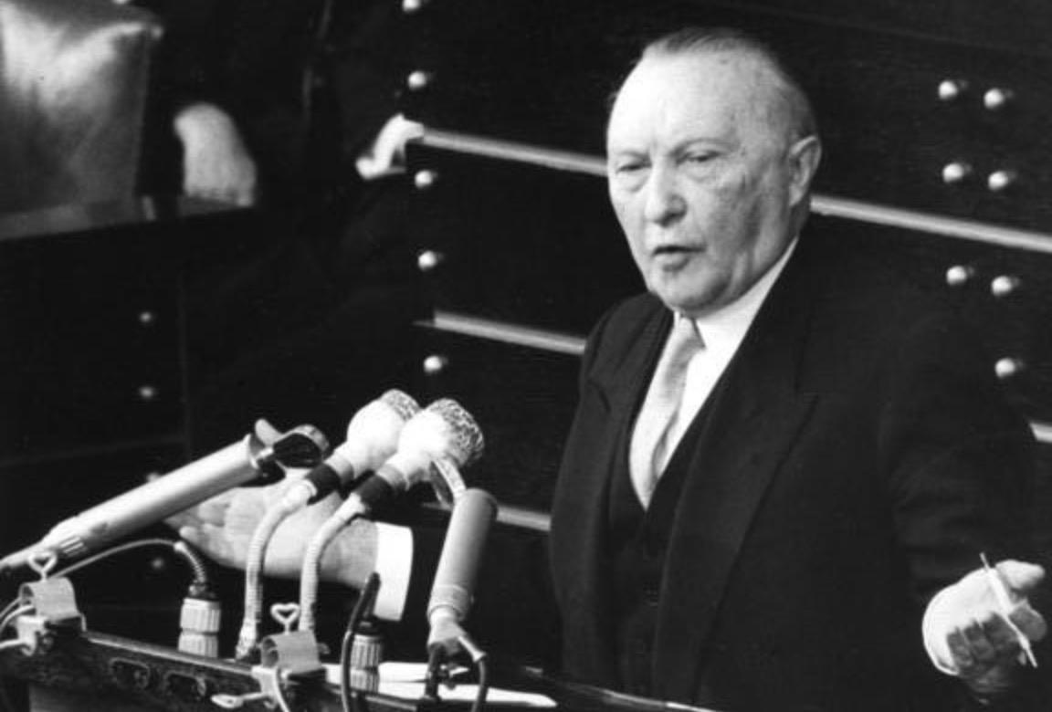 Konrad Adenauer: Keď onovom kancelárovi rozhodol jediný hlas