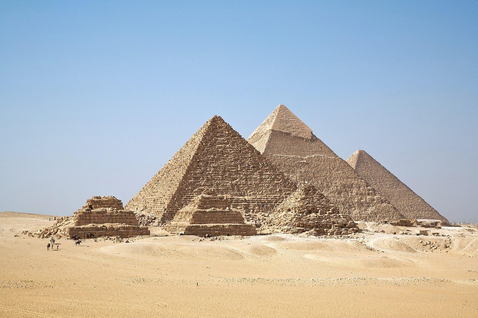 Vek faraónov aneuveriteľné stavby – pyramídy (1. časť)