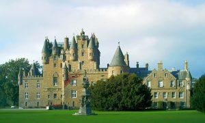 Desivé hrady azámky: Škótska pevnosť Glamis Castle