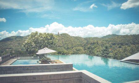 10 bazénov pod holým nebom, ktoré pripomínajú kúsok raja