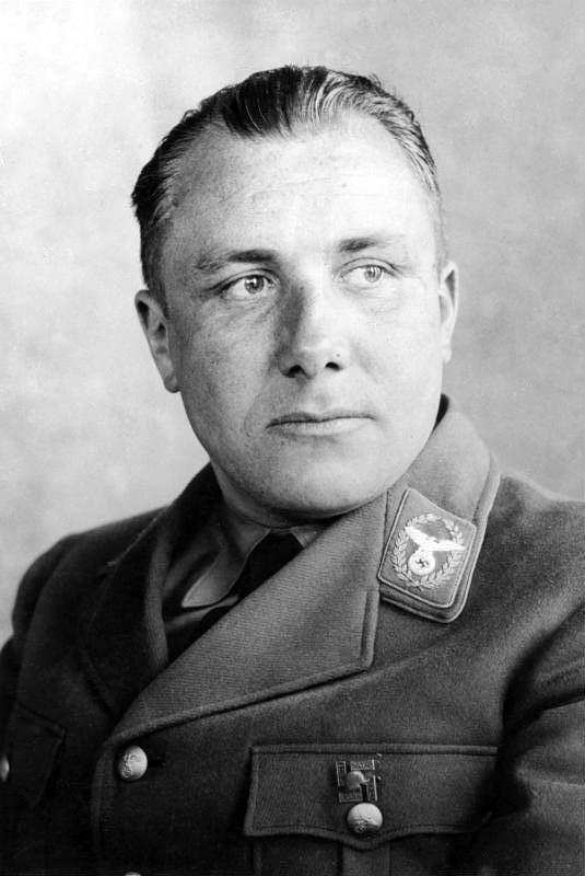 Konšpirácie o Martinovi Bormannovi: Zapojené Spojené štáty?