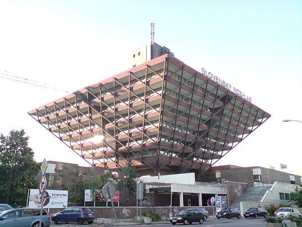 10 najväčších architektonických zlyhaní